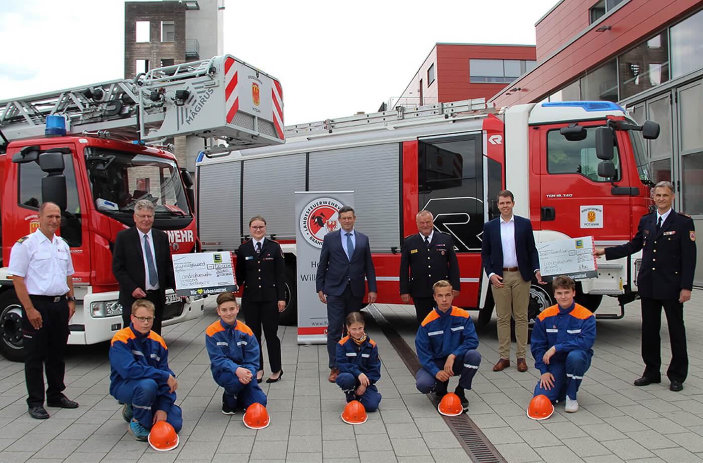Spendenübergabe von EDEKA Minden-Hannover